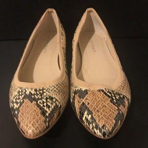 Ellen Tracy Snakeskin Leather Flats Size 8